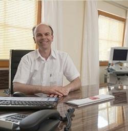 Dr. Franz Meister